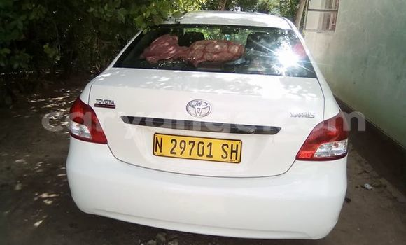 Buy Used Toyota Yaris White Car in Grootfontein in Namibia