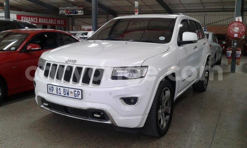 Big with watermark jeep grand cherokee namibia windhoek 13833