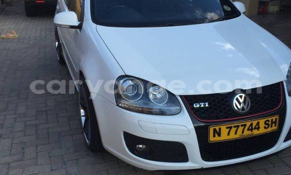 Buy Used Volkswagen Golf White Car in Walvis Bay in Namibia