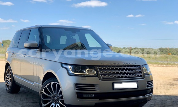 Buy Used Land Rover Range Rover Vogue Other Car in Windhoek in Namibia