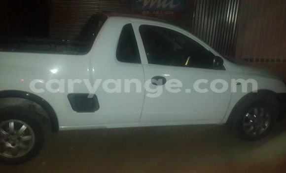 Buy Used Opel Astra White Car in Windhoek in Namibia