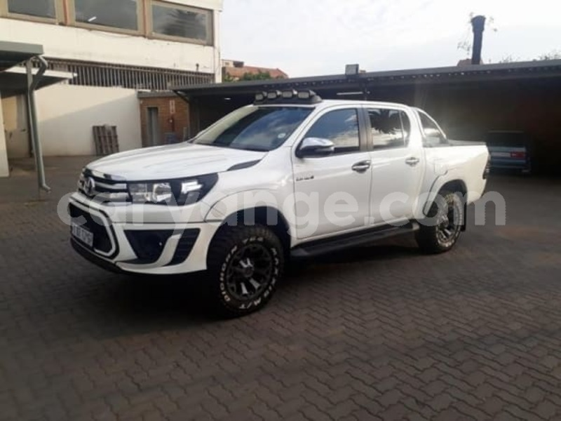 Big with watermark 2017 toyota hilux a