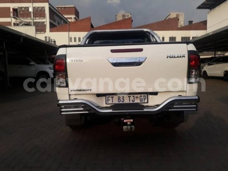 Big with watermark 2017 toyota hilux c