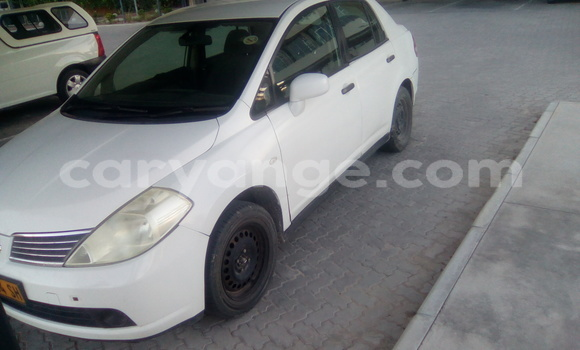 Buy Used Nissan Note White Car in Oshakati in Namibia