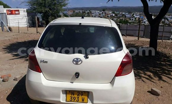 Buy Used Toyota Vitz White Car in Otjiwarongo in Namibia