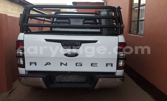 Buy Used Ford Ranger White Car in Otjiwarongo in Namibia