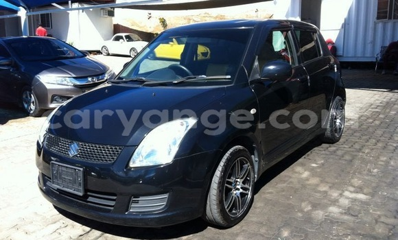 Buy Used Suzuki Swift Black Car in Mariental in Namibia