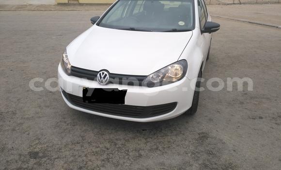 Buy Used Volkswagen Golf White Car in Swakopmund in Namibia