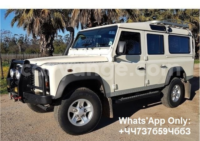 Big with watermark land rover defender namibia windhoek 15035