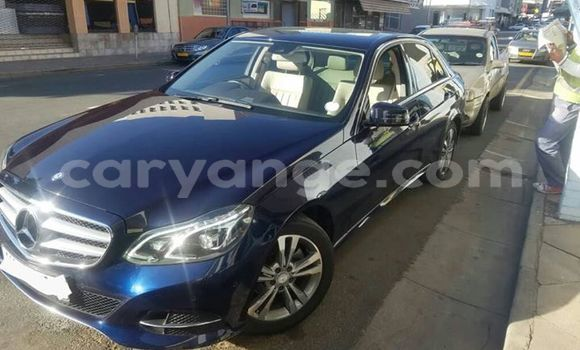 Buy Used Mercedes‒Benz E–Class Black Car in Windhoek in Namibia
