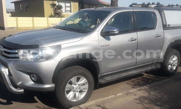 Buy Used Toyota Hilux Silver Car in Walvis Bay in Namibia