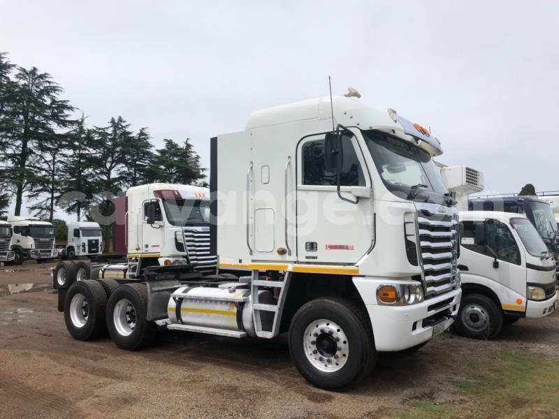 Big with watermark freightliner 90 cum 500 namibia windhoek 15756