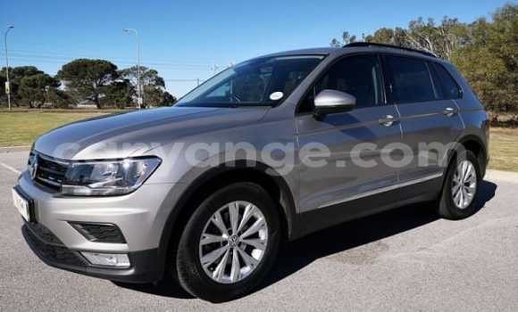 Medium with watermark 2015 volkswagen tiguan e