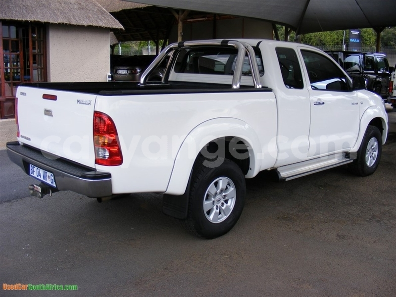 Big with watermark 2011 toyota hilux toyota 2011 hilux facelift i 3.0 d 4d 2