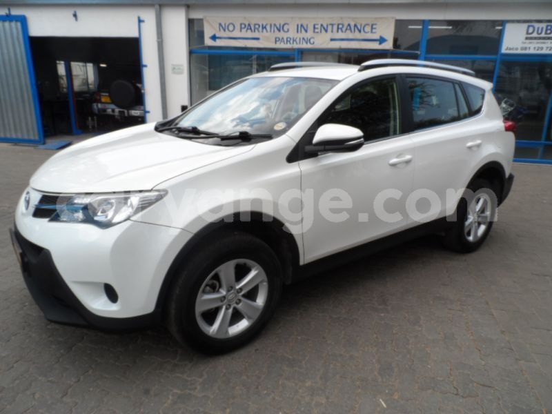 Big with watermark 2013 toyota rav 4 b
