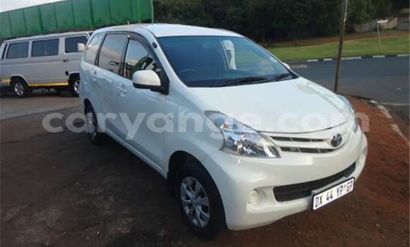 Buy Used Toyota Avanza White Car in Windhoek in Namibia