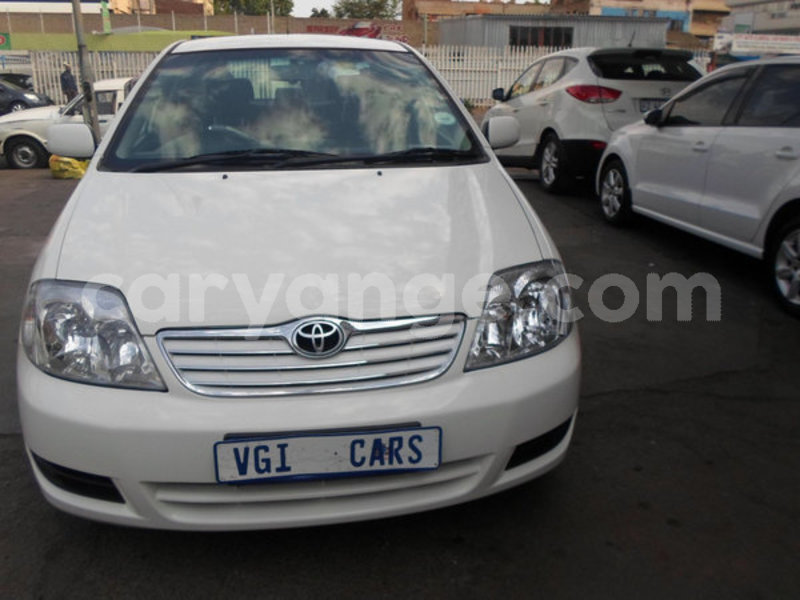 Big with watermark 2005 toyota corolla 2