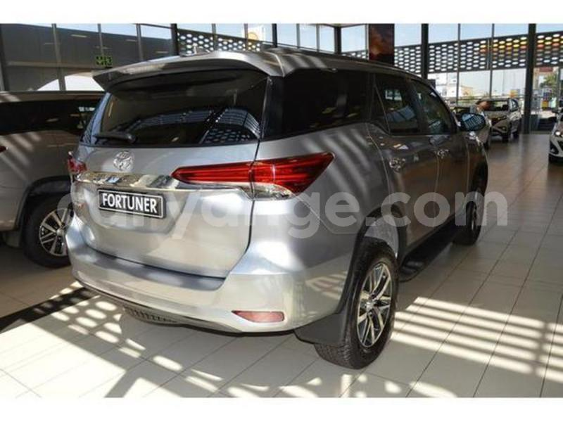 Big with watermark 2019 toyota fortuner 10