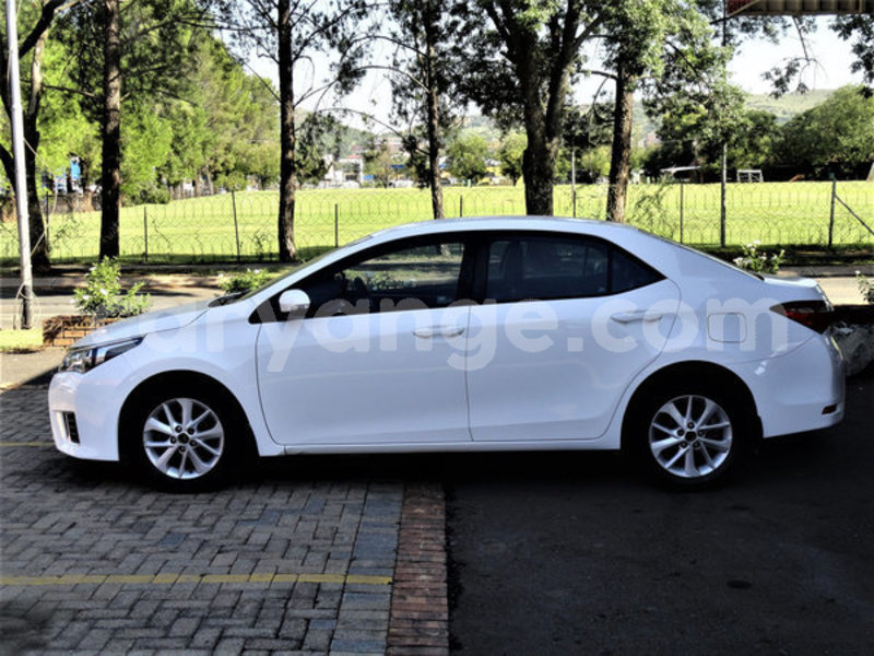 Big with watermark 2015 toyota corolla 2
