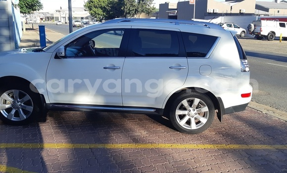 Buy Used Mitsubishi Outlander Other Car in Windhoek in Namibia