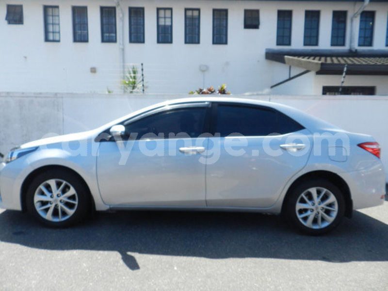 Big with watermark 2016 toyota corolla 2