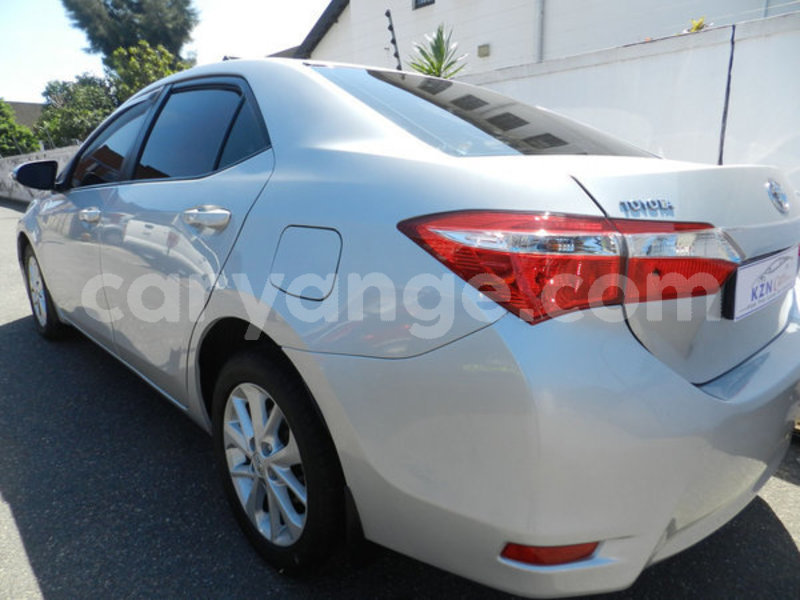 Big with watermark 2016 toyota corolla 3