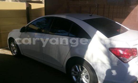 Buy Used Chevrolet Cruze White Car in Windhoek in Namibia