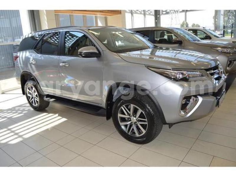 Big with watermark 2019 toyota fortuner 1