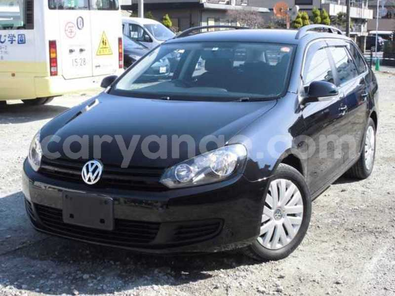 Big with watermark 2010 volkswagen golf variant 2