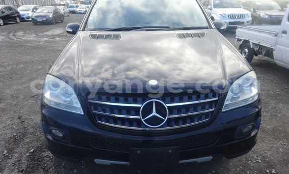 Buy Used Mercedes-Benz M-klasse Black Car in Mariental in Namibia
