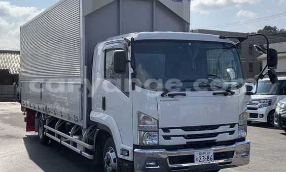 Buy Used Isuzu FTR 850 White Truck in Otjimbingwe in Erongo