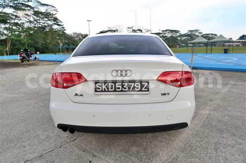 Big with watermark 2011 audi a4 5
