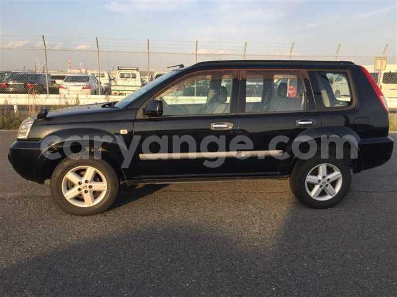 Big with watermark 2005 nissan x trail 2