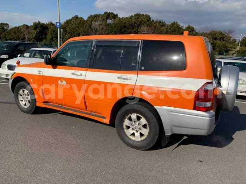 Big with watermark 2003 mitsubishi pajero 1