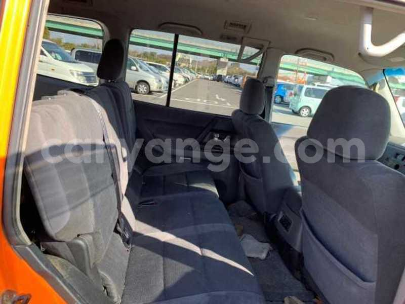 Big with watermark 2003 mitsubishi pajero 2