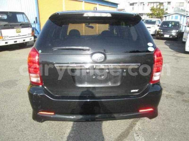 Big with watermark 2005 toyota wish 3