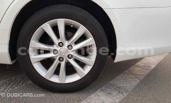 Buy Import Lexus ES White Car in Import - Dubai in Namibia