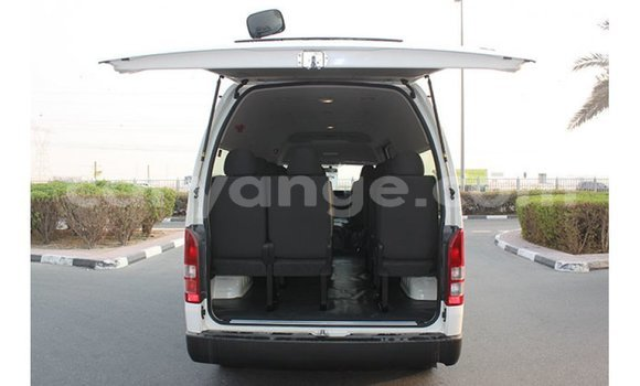 Buy Import Toyota Hiace White Car in Import - Dubai in Namibia
