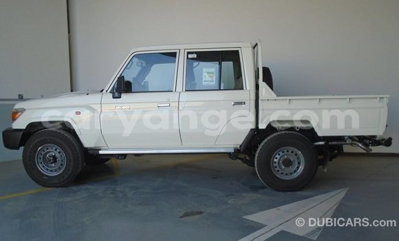 Buy Import Toyota Land Cruiser White Car in Import - Dubai in Namibia