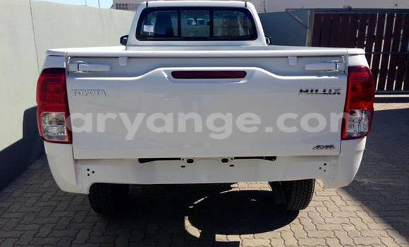 Buy Used Toyota 4Runner White Car in Swakopmund in Namibia