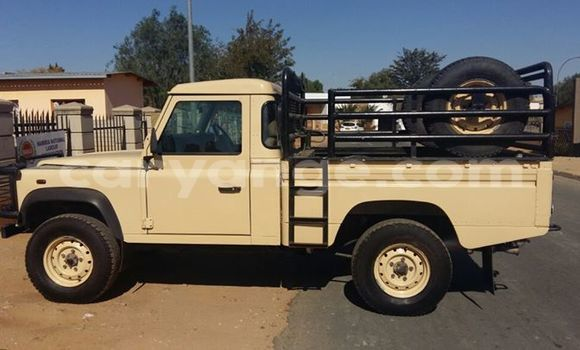 Buy Used Land Rover Defender Black Car in Windhoek in Namibia