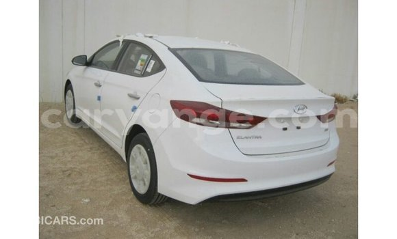 Buy Import Hyundai Elantra White Car in Import - Dubai in Namibia