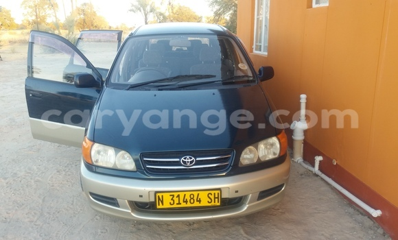 Buy Used Toyota Epsun Car in Oshakati in Namibia