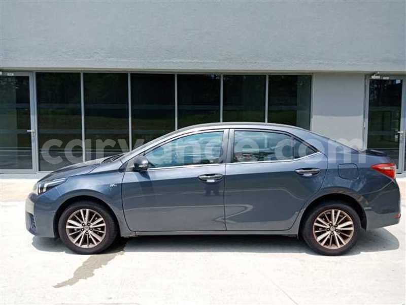 Big with watermark 2017 toyota corolla altis