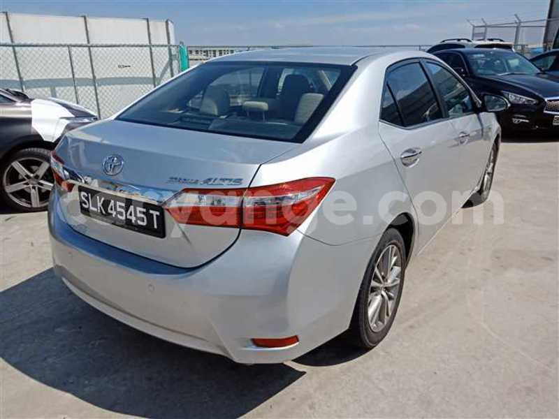 Big with watermark 2017 toyota corolla altis 2