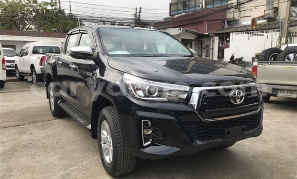 Buy Used Toyota Hilux Black Car in Otjimbingwe in Erongo