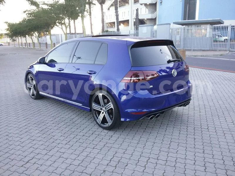 Big with watermark 2014 volkswagen golf 5
