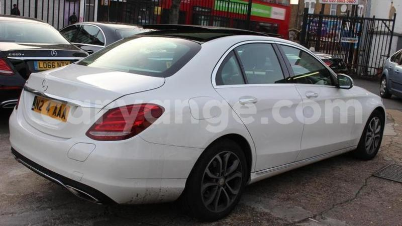 Big with watermark 2016 mercedes benzc class 3