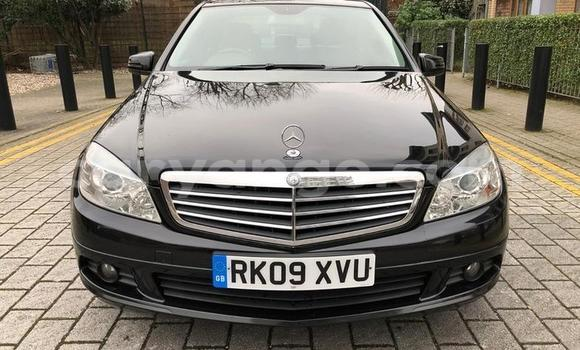 Buy Used Mercedes-Benz C-klasse Black Car in Gobabis in Omaheke
