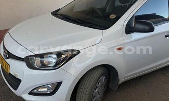 Buy Used Hyundai I20 White Car in Windhoek in Namibia